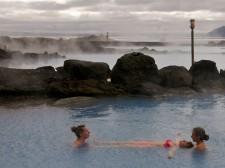 Séance de détente dans les bains d'eau chaude