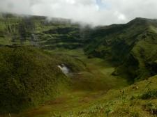 Cratère du volcan de la Soufrière à St-Vincent