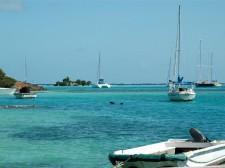 Amarrage sur l'île de Canouan dans les Grenadines