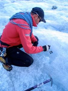Préparation de la glace et pose d'une broche