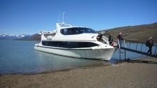 Un bateau de croisière lacustre (Argentine)