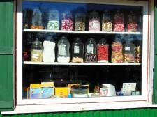 Sercq – Une des rares épiceries de l'île