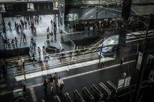 L'intérieur de la gare de l'aéroport d'Osaka