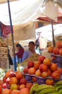 Un marché de rue