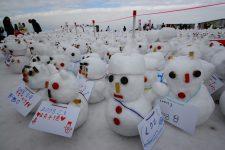 Concours de bonshommes de neige lors du festival de la neige, Sapporo