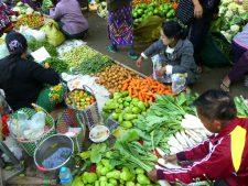 Le marché de Nyaung-U près de Bagan