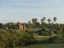 La plaine de Pagan couverte de temples