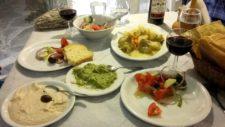 Une table méditerranéenne typique