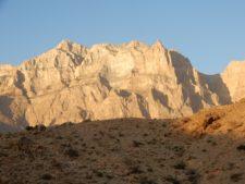 Les monts Hajar, au nord du pays